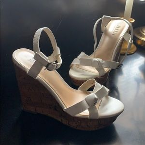 White wedges by Anna